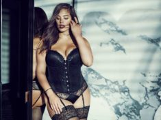 ashley-graham-lingerie-holiday-2015-pictures-black-corset-main